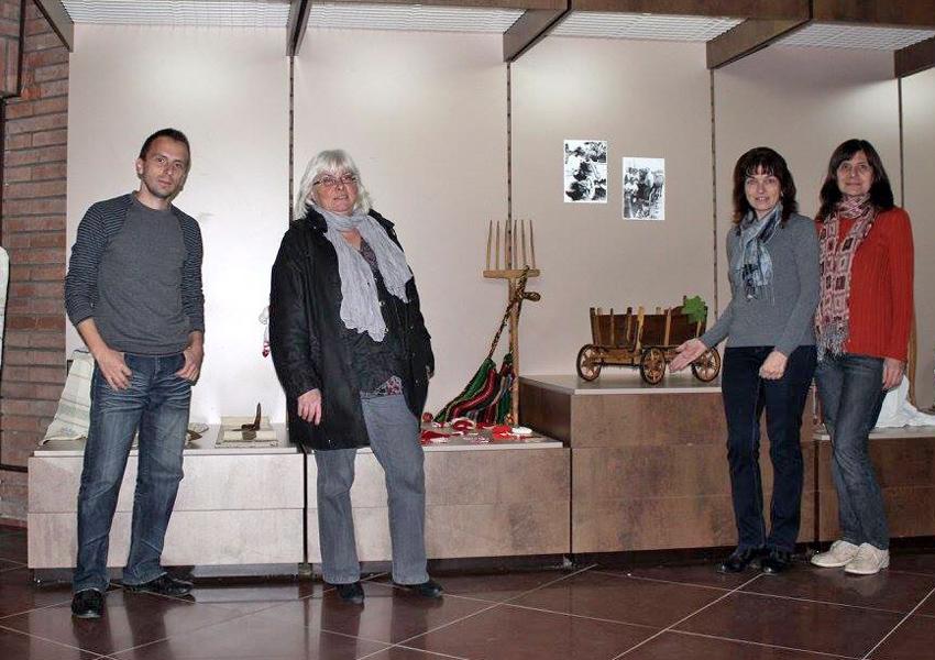 Екипът, подготвил изложбата: Илия Вълев, Галя Чохаджиева, Теменуга Димитрова и Анка Игнатова