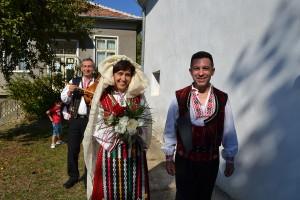 Младоженците Невена и Жеко Жекови
