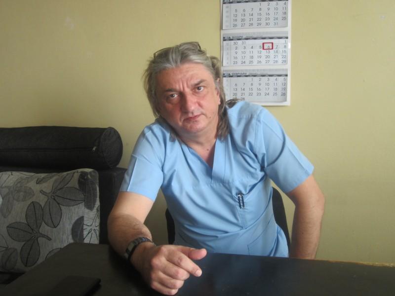 d-r-tolekov-1