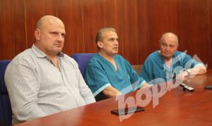 Д-р Стефан Филев, д-р Николен Стойнов и д-р Божидар Ангелов