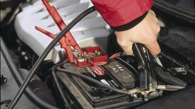 60-годишен свищовлия откраднал акумулатор