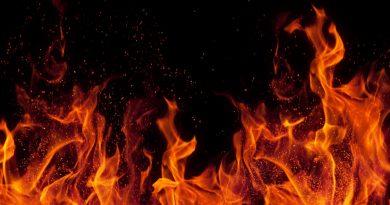 Двуетажна вила в местността Козлуджа изгоря до основи, разследват палеж