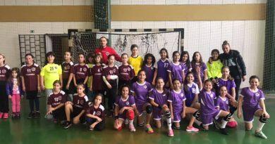 """12-годишните хандбалистки на """"Етър – 64"""" спечелиха първия турнир в Стражица"""