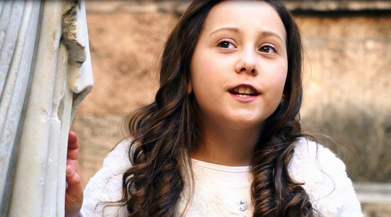 8-годишната Далия Гюлай представи първия си клип