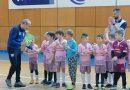 """Малките """"Болярчета"""" спечелиха футболен турнир, дариха купата на 9-годишно дете"""