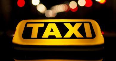Спипаха непълнолетен, обрал таксита