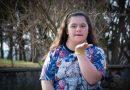 Защо от няколко дни светът е толкова различен, се чуди 15-годишната Пламена Даскалова, която е със синдром на Даун