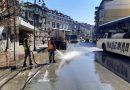 Започна пролетното миене на улиците