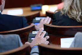 ГЕРБ предлага спиране на държавните субсидии за политическите партии по време на извънредното положение