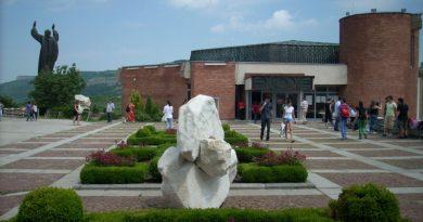 ВТУ събира учители от български неделни училища зад граница на обучение