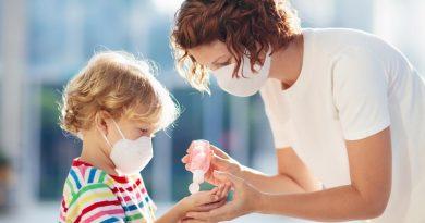 Малките деца са най-опасните приносители на COVID-19