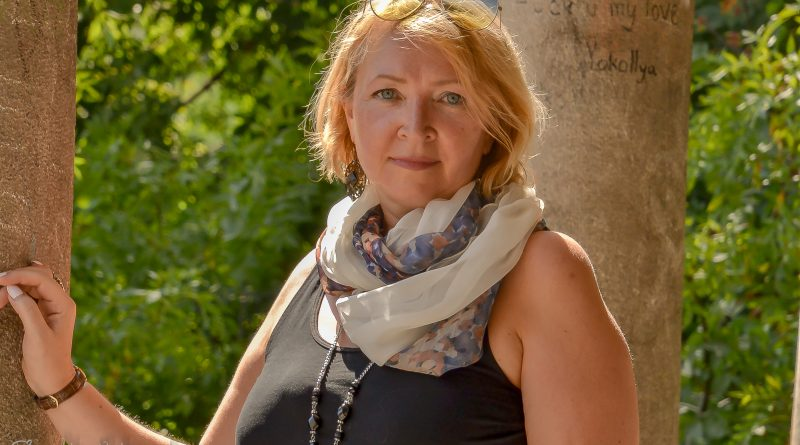 """Психологът Емма Енчева: """"Болестите, безпаричието и липсата на любов идват от нарушените закони във фамилната система"""""""