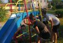 Деца сами обновиха площадка за игра в Миндя
