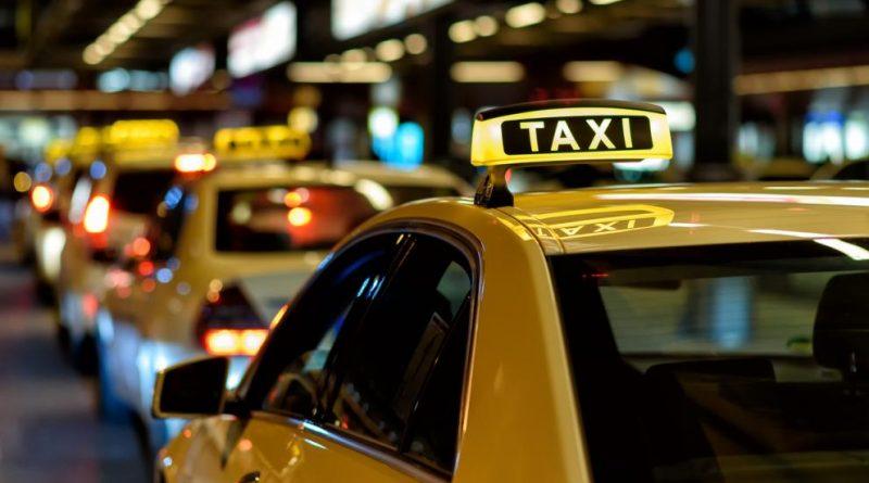 Провериха 25 таксита във В. Търново, девет отнесоха санкции, едно се оказа незаконно