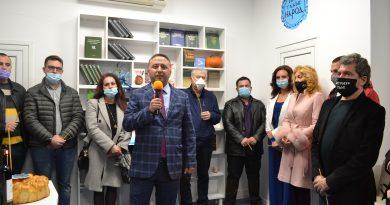 """Партия """"Има такъв народ"""" откри офиса си във Велико Търново"""
