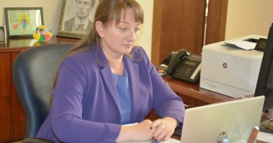 Сачева: Бюрата по труда ще работят извънредно заради компенсациите