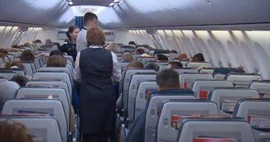 Руснаци може да платят огромни глоби за отказ да носят маска в самолет