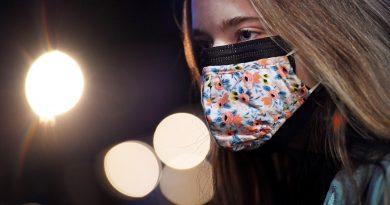 Суперкомпютър показа, че е безполезно да се носят две маски