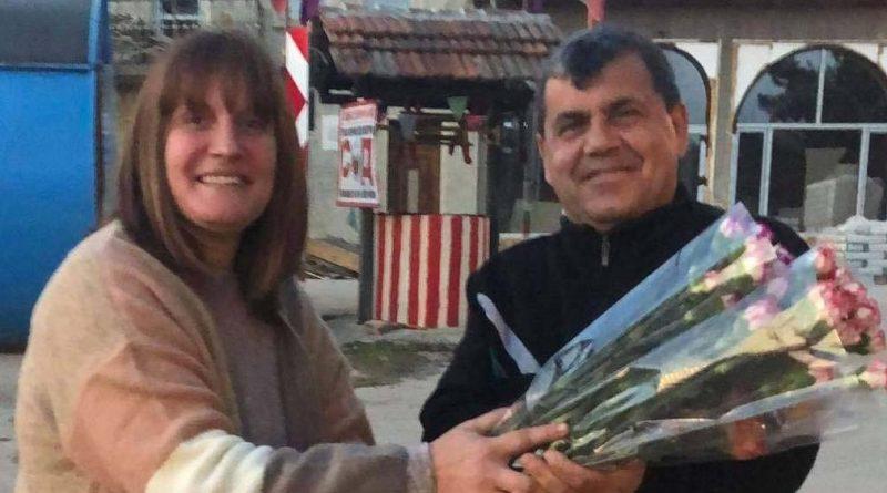 Даниела Бешкова купува по 100 карамфила за всеки 8 март за жените от Велчево