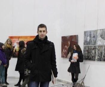 "Младият скулптор д-р Мартин Митев пое Художествената галерия ""Борис Денев"""