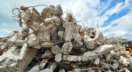 Съветници на крачка от масов бой заради депото за строителни отпадъци край Леденик