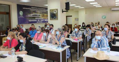 Годишна среща във ВТУ на ръководители и учители на български училища в чужбина:
