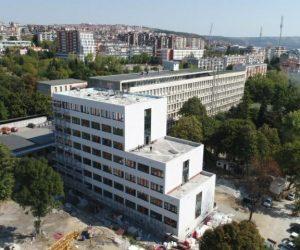 С 1,4 млн. лв. оборудват и обзавеждат новия корпус на областната болница, преди да го отворят