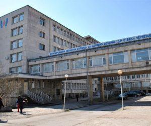 Заради грипа настаняват деца в занималнята на търновската педиатрия, отделението е препълнено