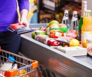 Цените на основните хранителни продукти в областта продължават да растат